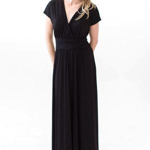 BNWT - 3XL A&D Solid Black STUNNING Spencer Dress